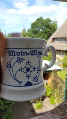 Ein Kaffee am Morgen, vertreibt Kummer und Sorgen.